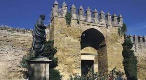 Séneca custodiando la muralla de Córdoba.