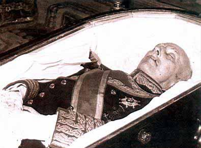 20070424095618-franco-muerto