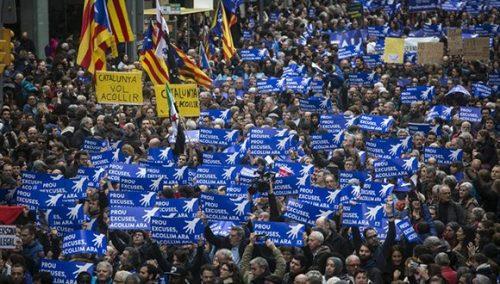 manifestacion-barcelona-promigrantes2-580x330